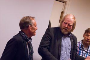 Peter Helms (i.B.li.), Vorstand ees e.V., nebst Reinhard Christiansen, Vorsitzende des Bundesverbandes der Windmüller in Deutschland auf der Veranstaltung Flensburg braucht eine Wasserstofftankstelle für die Energiewende am 31.03.2017 in Flensburg (Borgerforeingen);